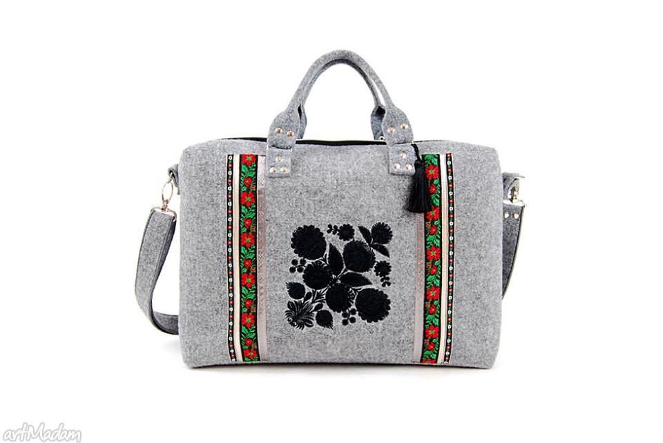 torba na laptopa regionalne wzory