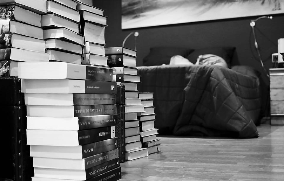 gdzie trzymać książki