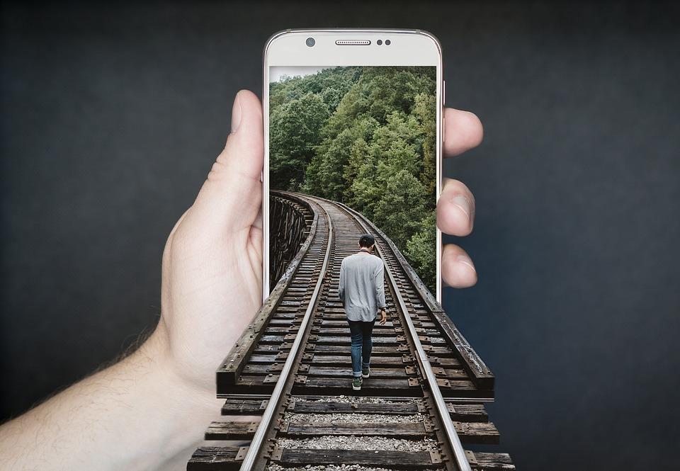 czy smartfon szkodzi