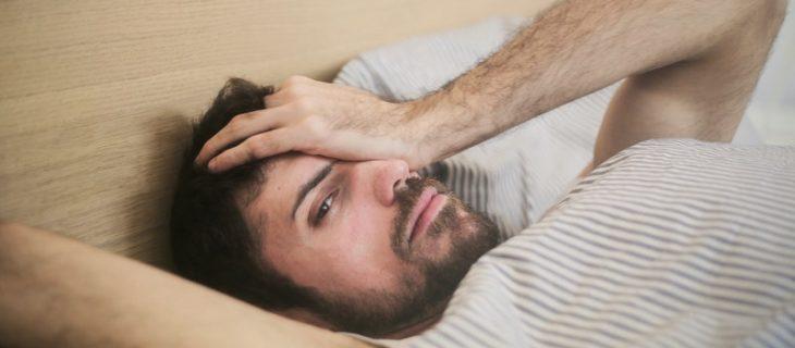 chrapanie przerywa sen i sprawia, że jesteśmy zmęczeni